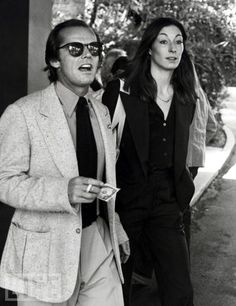 Jack Nicholson & Anjelica Huston leaving the Beverly Hills Hotel, April 1977 Jack Nicholson, Anjelica Huston, Beverly Hills Hotel, The Beverly, Michael Keaton, Vanessa Paradis, Gary Oldman, Brooke Shields, Classic Hollywood