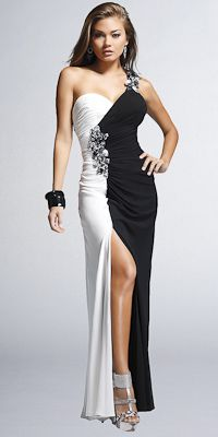 Faviana Couture,,, How could you look more beautiful...