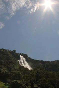Guadalupe´s falls by Alejo. Traveling, Explore, Mountains, Nature, Colombia, Viajes, Naturaleza, Travel, Trips