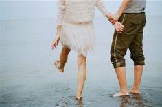 Sabe quando você começa a se dar conta que está amando por dois? mergulhando onde somente um ainda tem forças pra continuar?