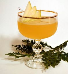HOLIDAY COCKTAILS: How to Make Simple Syrup | @Gidget and LaRue