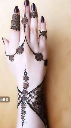 Kashee's Mehndi Designs, Henna Tattoo Designs Simple, Latest Henna Designs, Finger Henna Designs, Stylish Mehndi Designs, Mehndi Designs For Beginners, Mehndi Designs For Girls, Mehndi Design Photos, Wedding Mehndi Designs