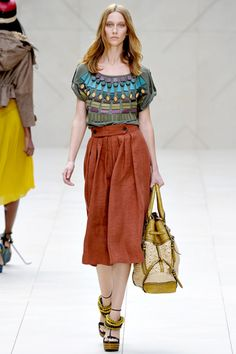 Burberry Prorsum Spring 2012 Ready-to-Wear Collection Slideshow on Style.com, lindo outfit!