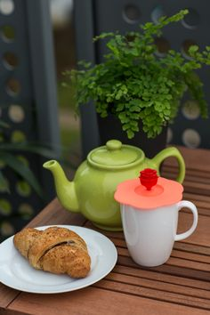 We love our #trendy new mug toppers. They are perfect for keeping those pesky #Summer flies away.