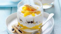 A delicious Breakfast trifle recipe, brought to you by Weight Watchers. Ww Recipes, Light Recipes, Healthy Recipes, Recipies, Dinner Recipes, Healthy Breakfast Dishes, Breakfast Recipes, Weight Watchers Breakfast, Weight Watchers Meals