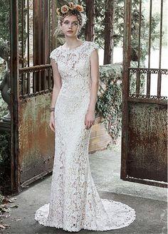 CompriElegante del merletto del gioiello scollatura guaina abito da sposa di sconto sul Dressilyme.com