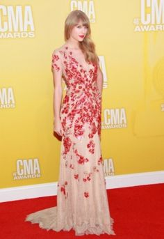 2012; 46TH ANNUAL CMA AWARDS