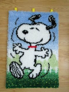 """Peanuts Snoopy Dancing Completed Latch Hook Rug Wall Hanging 20"""" x 30""""   eBay"""