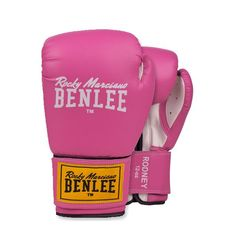 """Τα πυγμαχικά γάντια BenLee """"Rodney"""" σε ροζ χρώμα απευθύνονται στην δυναμική γυναίκα που ασχολείται με πολεμικές τέχνες και θέλει ένα καλό και οικονομικό ζευγάρι γάντια προπόνησης!  Με τα γάντια προπόνησης BenLee """"Rodney"""" θα κρατάς τα χέρια σου προστατευμένα κατά την προπόνηση, χάρη στα τρία στρώματα προστατευτικού αφρώδους υλικού στο εσωτερικό. Επιπλέον, το φαρδύ λουρί των 7,5cm υπόσχεται να κρατήσει το χέρι σου στην ευθεία και να προστατέψει καλύτερα τον καρπό. Kickboxing, Mma, Pink White, Bags, Handbags, Kick Boxing, Mixed Martial Arts, Bag, Totes"""