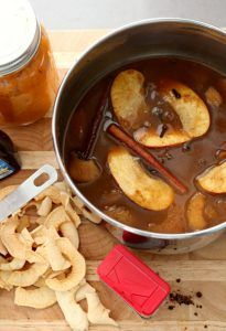 2 DIY Stovetop Simmering Potpourri recipes for Apple Pie and Pumpkin spice fragrances