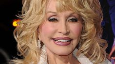 """""""Beauty is in the eye of the beholder ... Dolly Parton likes the look of the 'town tramp.' """""""