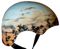 Belle Helmets - These hand-painted helmet masterpieces are the work of Belle Helmets. Cool Bike Helmets, Bicycle Helmet, Skateboard Helmet, Helmet Paint, Urban Cycling, Bicycle Painting, Cycle Chic, Commuter Bike, Electric Bicycle