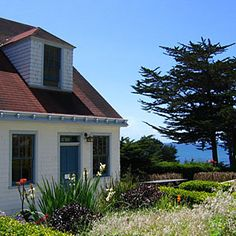 Top 10 hideaways by the sea | Coast Guard House Historic Inn in Point Arena, CA | Sunset.com