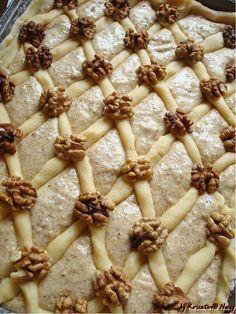 30 l 10 c sp crhl-lekvar-diospiskota 20 c vc+dio disz Cookie Desserts, Fun Desserts, Cookie Recipes, Hungarian Desserts, Hungarian Recipes, Pain, No Bake Cake, Sweet Recipes, Food To Make