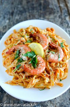 Tagliatelle with Prawns Seafood Recipes, Pasta Recipes, Cooking Recipes, Italian Recipes, New Recipes, Healthy Recipes, Shrimp And Quinoa, Exotic Food, International Recipes