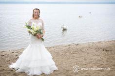 Hochzeitsfotos. Die Braut am Schwanensee...