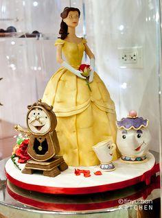 4. My favorite Disney Princess Belle with Cogsworth, Chip, and Mrs. Potts on a cake! #newfantasyland #momselect
