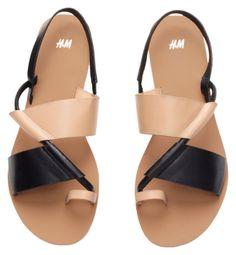 Sandals Summer - Sandales à brides H&m Shoes, Cute Shoes, Me Too Shoes, Shoe Boots, Cute Sandals, Flat Sandals, Leather Sandals, Flats, Flat Shoes