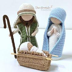 Christmas Angels, Christmas Holidays, Christmas Crafts, Christmas Decorations, Crochet Home, Knit Crochet, Straw Bag, Tatting, Wool