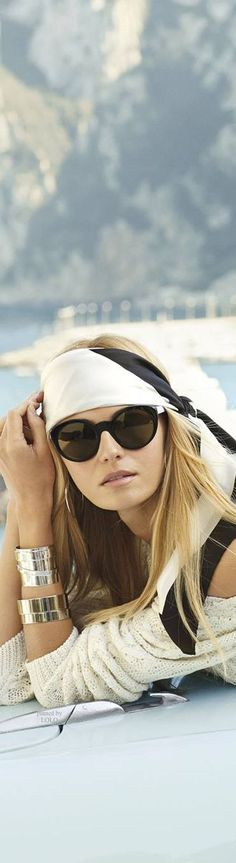 RALPH LAUREN DK. I LOVE THIS LOOK RELAXED, CHIC & SEXY WITH A NAUTICAL FEEL.