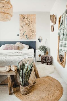 natural jute round rug bedroom – A mix of mid-century modern, bohemian, and industrial interior style. Home and apartment decor, decoration ideas… – light Pastel Decor, Home And Deco, Home Decor Bedroom, Design Bedroom, Bedroom Inspo, Bedroom Bed, Nature Bedroom, Bedroom Inspiration, Girls Bedroom