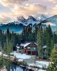 South America Destinations, Canada Destinations, Machu Picchu, Jungle House, Travel Blog, Cabin In The Woods, Visit Canada, Cozy Cabin, Cabin Tent