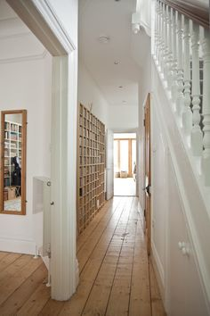 light wood shelves in white hall Victorian Hallway, Victorian Terrace, Hallway Decorating, Interior Decorating, Interior Design, Decorating Ideas, Edwardian House, Victorian Homes, Design Hall