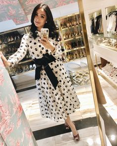Home Is Where The Heart Is: Inside The Beautiful Home Of The Ever-Stylish Heart Evangelista-Escudero Heart Evangelista, Filipino Fashion, Stylish Blouse Design, Special Occasion Outfits, Classy And Fabulous, Lovely Dresses, Blouse Designs, Spring Outfits, Casual Wear