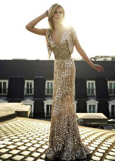 Glitter Gown | http://pinterest.com/JuhiVibhakar/glamorous-fashionista-style-me-sweet-sexy/