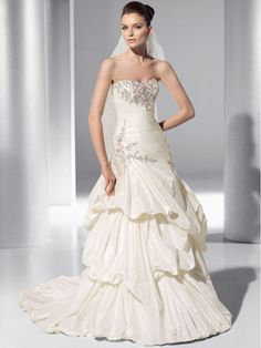 Ball Gown Strapless Court Train Wedding Dresses 1501080
