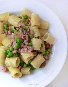 pasta con salame cotto e piselli