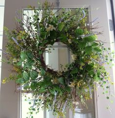 Crafty Sisters: Spring Wreath