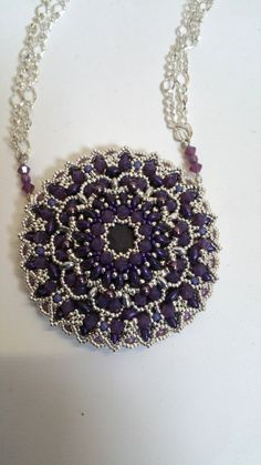 """TUTORIAL to create a big double face """"Mandala"""" pendant with Superduo, Seed…"""