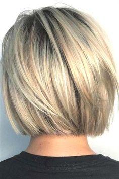 Short and cheeky Blunt Bob Haircut # Bobhair cuts # Haircuts … Kurzer und frecher stumpfer Bob-Haarschnitt # Graduated Bob Haircuts, Blunt Bob Haircuts, Short Bob Hairstyles, Neck Length Hairstyles, Hairstyles Haircuts, Pixie Haircuts, Layered Haircuts, Short Graduated Bob, Celebrity Hairstyles