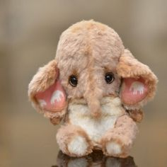 [SOLD] Elephant Lonny - OOAK 5,2'' / Teddy Bears & Pals / Teddy Talk: Creating, Collecting, Connecting
