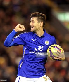 Leicester's David Nugent scores and celebrates to make it 2-1 during... News Photo | Getty Images
