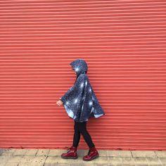 walking with style intagram  @help.raincoats help.raincoats@gmail.com