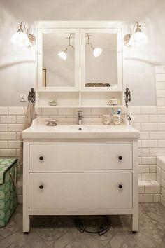 Koupelna white furniture in the bathroom - white furniture in the bathroom - Upstairs Bathrooms, Grey Bathrooms, White Bathroom, Beautiful Bathrooms, Small Bathroom, Ikea Bathroom Vanity, Bathroom Shelves, Bathroom Furniture, French Bathroom