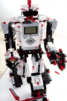 Review: Lego Mindstorms EV3 means giant robots, powerful computers | Ars Technica