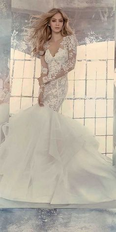 mermaid wedding dress with lace sleeves / http://www.himisspuff.com/mermaid-wedding-dresses/8/