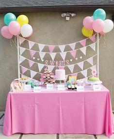 Pink and garden dessert table ~Gorgeous Little Deer Garden Birthday Party Party Kulissen, Festa Party, Baby Party, Party Time, Party Ideas, First Birthday Parties, Girl Birthday, First Birthdays, Fete Emma