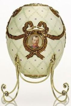 The Order of St. George Egg by Fabergé Presented by Tsar Nicholas II Alexandrovich Romanov) May Jul Russia to his mother the Dowager Empress Dagmar-Maria Feodorovna at Easter Fabrege Eggs, Maria Feodorovna, Faberge Jewelry, Saint Georges, Tsar Nicholas Ii, Miniature Portraits, Imperial Russia, Egg Art, Egg Decorating