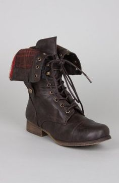 I have wanted a pair of boot like these for years. I think black would be my favorite but brown would do too!