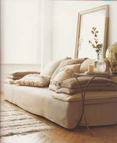 dwellingsanddecor:    reverberating:    Living room sofa inspiration (kimhascats)