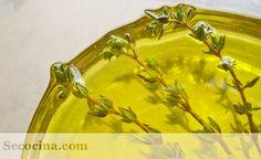 Como hacer aceites aromatizados caseros: aceite de nuez, aceite de setas, aceite de ahumado, aceite de hierbas...