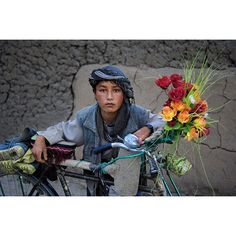 "35.4k Likes, 189 Comments - Steve McCurry (@stevemccurryofficial) on Instagram: ""Kabul, Afghanistan, was once known as a city of gardens.  Afghans of all ages love to grow flowers…"""