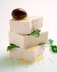 Homemade feta is SUPER easy! Step-by-step 4-ingredient instructions here. Making more today!