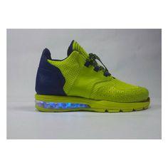 Et si je mettais un peu de lumière dans ces bulles d'air... #alainmukendi #shoes #footweardesign #instashoes #instakicks #sneakers  #sneakerhead #sneakerheads #solecollector #soleonfire #nicekicks #igsneakercommunity #sneakerfreak #sneakerporn #shoeporn #fashion #design #instagood #fresh #photooftheday #designer #heels #handmade #shoegasm  #custom #shoemaking #cobbler #new #style  #SomewhereOnTheBluePlanet
