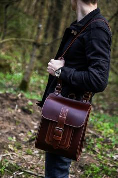 High quality leather messenger bag, handmade by hard and sturdy leather. You will use this cross body bag for years and years because of the thickness of leather and quality of stitching.