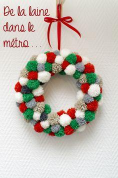 Couronne de Noël en pompons
